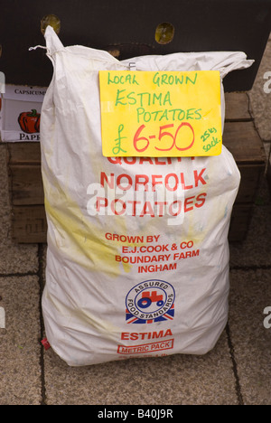 Local grown Estima potatoes (grown in Norfolk) for sale outside Uk greengrocers - Stock Photo