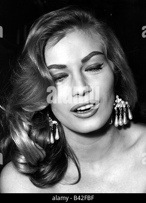 Ekberg, Anita, 29.9.1931 - 11.1.2015, Swedish actress, portrait, , Additional-Rights-Clearances-NA - Stock Photo