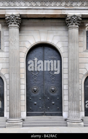 Closed main entrance doors to the Bank of England in the City of London seen on a Saturday - Stock Photo