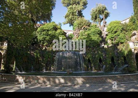 Villa d'Este garden and fountains in Tivoli near Rome, Italy, Europe, commissioned and built by Cardinal Ippolito - Stock Photo