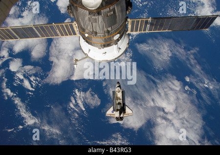 International Space Station 123 Shuttle Endeavor March 12 2008 - Stock Photo