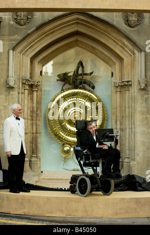 £1m Cambridge clock at Corpus Christi College library unveiled by Professor Stephen Hawking with inventor Dr John - Stock Photo
