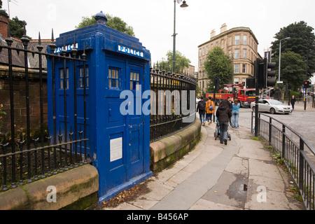 UK Scotland Glasgow Great Western Road Botanical Garden Police Call phone Box - Stock Photo