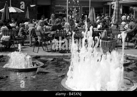 geography/travel, Germany, Berlin, zoos, Friedrichsfelde Zoo, May 1970, Additional-Rights-Clearances-NA - Stock Photo