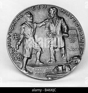 events, Beer Hall Putsch 1923, caricature, Adolf Hitler and Gustav von Kahr at Buergerbraeukeller, bronze medal - Stock Photo