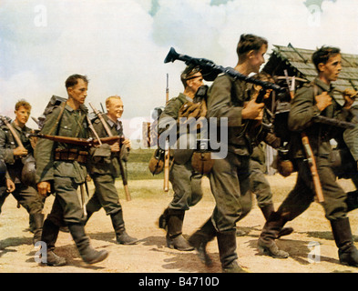 Wehrmacht Infantry March Off Duty German Army soldiers on the Eastern Front early in the Russian campaign in WW - Stock Photo