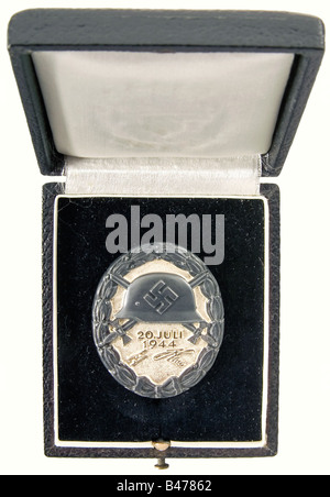 A Wound Badge 20 July, 1944 in Black., In original presentation case. Silver, with areas of patination. Reverse - Stock Photo