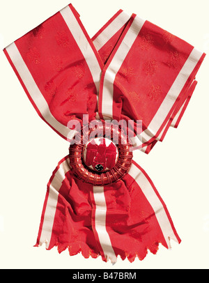 German National Price for Art and Science, a sash with rosette, 1937/38 Red ribbon with woven-in national eagle - Stock Photo