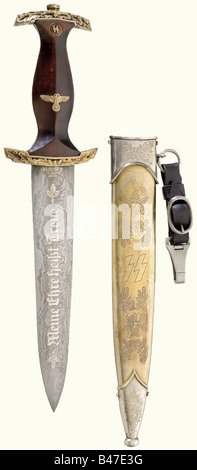An SS honour dagger., Damascus blade with the gilded etching of the motto, and on the reverse side with 'Echt Damast - Stock Photo