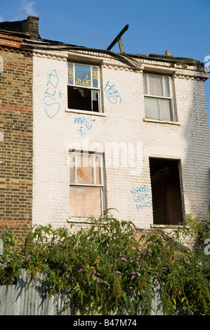 Derelict Buildings in Dalston Hackney East London, England UK. Close to the site of the cross rail link. - Stock Photo