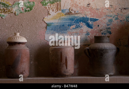 Israel Achziv Ancient clay pots on display - Stock Photo