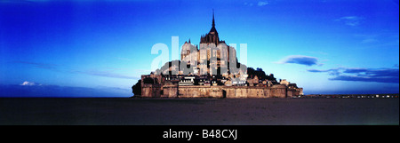 geography / travel, France, Mont Saint Michel, view with abbey, built: 1017 - 1520, night view, Additional-Rights - Stock Photo