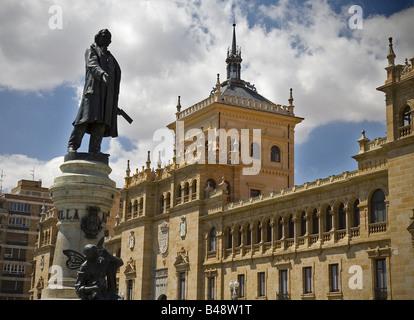 Zorrilla statue Zorrilla square Valladolid Castilla Leon Spain - Stock Photo