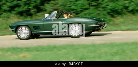 Car Chevrolet Corvette Sting Ray sports car Coup Coupe model