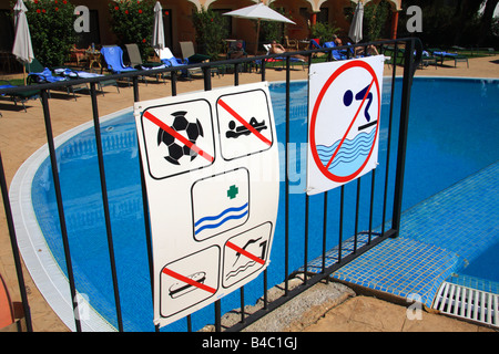 Swimming pool safety signs Stock Photo: 255599108 - Alamy