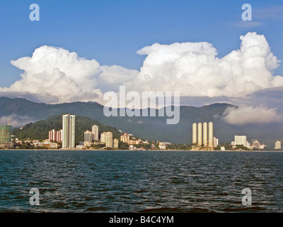 Asia, Malaysia, Penang, Pulau Pinang, Georgetown, City skyline and coast - Stock Photo
