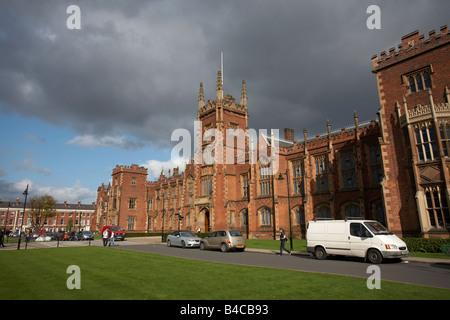 The Queens University of Belfast Lanyon building belfast city centre northern ireland uk - Stock Photo