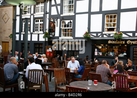 Aug 2008 - Sinclairs Oyster Bar at Exchange square Manchester England UK - Stock Photo