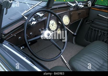 Audi 225 convertible, model year 1933-1938, grey, interior, Cockpit, technics, technical, technically, accessory, - Stock Photo