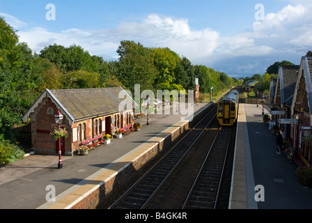 Train arriving at Appleby railway station, on the Settle-Carlisle line, Eden Valley, Cumbria, England UK - Stock Photo