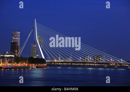 Erasmus bridge on Meuse river, Rotterdam at night - Stock Photo