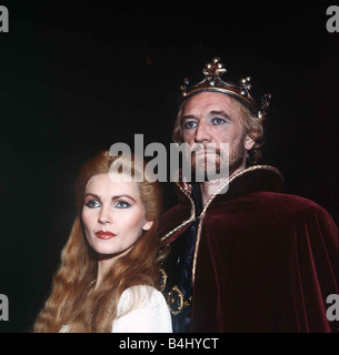Richard Harris Actress as King Arthur and Fiona Fullerton and Guinevere in a production of Camelot November 1982 - Stock Photo