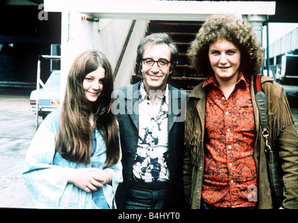 Peter Sellers actor and director with son Michael and daughter Sarah at London Airport June 1971 Dbase MSI - Stock Photo