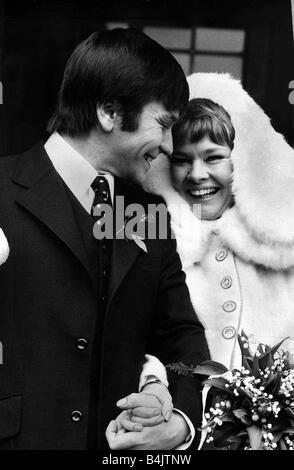 Judi Dench Wedding to actor Michael Williams February 1971 at St Mary s catholic church Holly Place Hampstead - Stock Photo