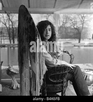 JIMMY PAGE OF LED ZEPPLIN JANUARY 2000 Y2K January 9th Marks the birthday of Jimmy Page Led Zeppelin guitarist lafjan05 - Stock Photo
