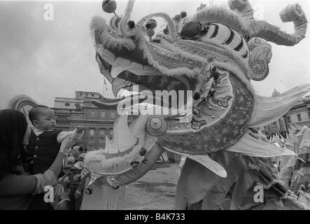 singapore chinatown point chinese new year celebration trafalgar square london february 1977 140ft chinese dragon a chinese dragon dance - Chinese New Year 1977
