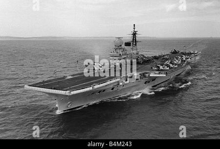 Ships Royal Nany Aircraft Carrier HMS Victorious 1959 Royal Navy Aircraft Carrier HMS Victorious with her complement - Stock Photo