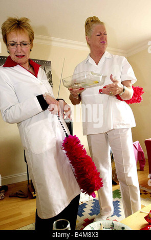 Aggie MacKenzine Kim Woodburn Right May 2003 stars of How Clean Is Your House TV Programme Television Programmes - Stock Photo