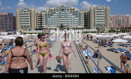 the blacksea bulgaria is a popular tourist destination for Bulgarians Russians and britisch people There is heath - Stock Photo