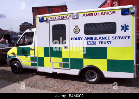 TV Programme Casualty August 2002 Behind the scenes at Casualty - Stock Photo