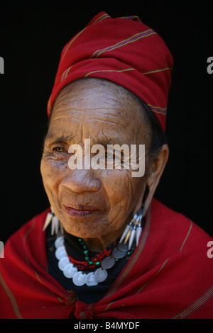 Closeup of an elderly Longneck woman Approximately 300 Burmese refugees in Thailand are members of the indigenous - Stock Photo