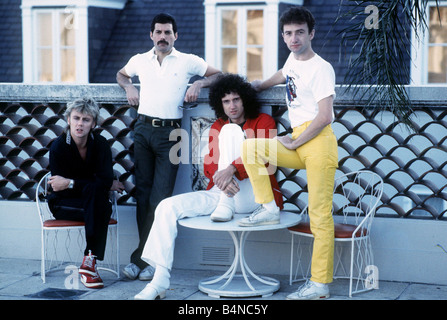The rock band Queen with lead singer freddie Mercury guitarist Brian May Roger Talyor the bass guitarist and John - Stock Photo