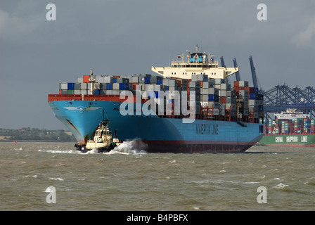 Maersk Line container ship 'Kwangyang' Port of Felixstowe, Suffolk, UK. - Stock Photo