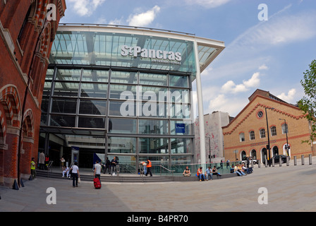 St Pancras International Railway Station, London - Stock Photo