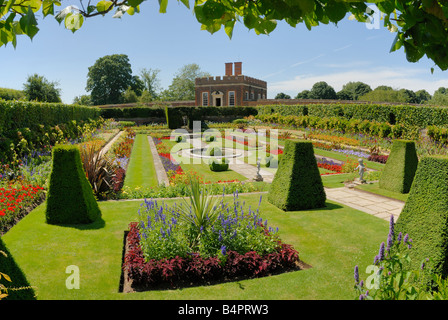 Pond Gardens and Banqueting House, Hampton Court Palace - Stock Photo
