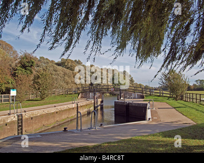 Houghton locks on the Great Ouse river. - Stock Photo