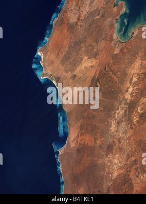 Ningaloo Coral Reef along the shore of Western Australia - Stock Photo