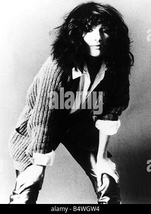 Pop singer Kate Bush poses in the studio September 1982 - Stock Photo