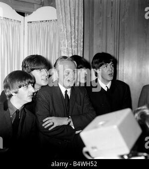 Harold Wilson and The Beatles at Variety Club Awards 1964 George Harrison John Lennon Ringo Starr and Paul McCartney - Stock Photo