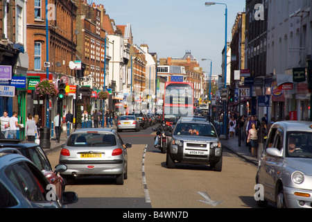 Welcome to our guide for the area around Putney High Street in Wandsworth. Below we present a selection of upcoming events, local attractions and great places to eat and shop. The nearest station to Putney High Street is Putney Railway Station which is about 3 minutes to the South West.