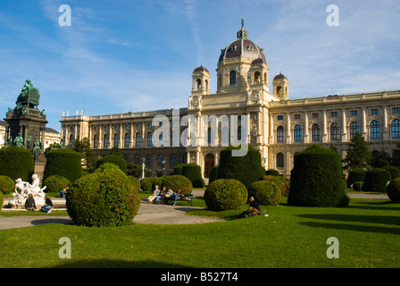 Maria Theresien Platz garden in front of Kunsthistoriches Museum art museum in central Vienna Austria Europe - Stock Photo