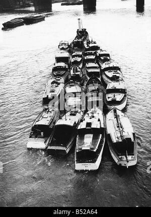 War 1939 45 Dunkirk Evacuation of B E F from Dunkirk - Stock Photo