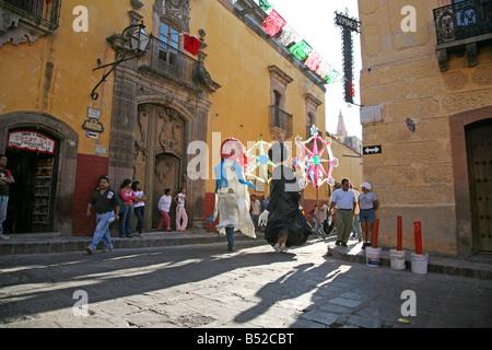 hispanic single men in san cristobal Free to join & browse - 1000's of singles in san cristobal, veraguas - interracial dating, relationships & marriage online.
