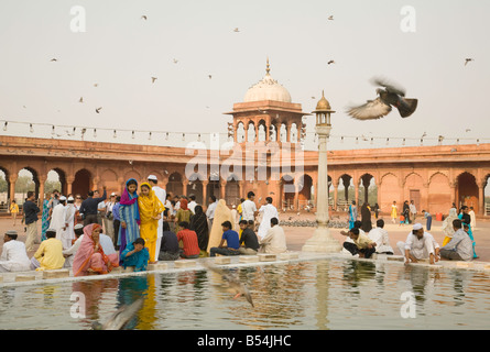 worshippers at the Jama Masjid mosque, Old Delhi, India, Asia - Stock Photo