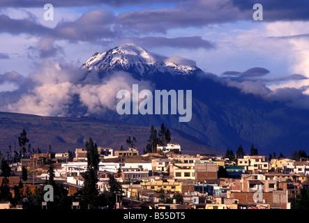 Tungurahua Volcano, stratovolcano viewed from city of San Pedro de Riobamba, Chimborazo Province, Ecuador, South - Stock Photo