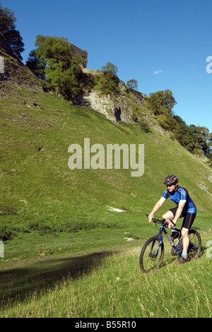 Doug Blane mountain biking Cavedale Castleton in the Peak District National Park Derbyshire UK England GB Great Britain Stock Photo